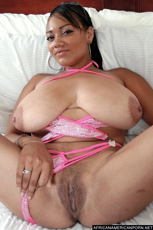 Natural ebony nude women